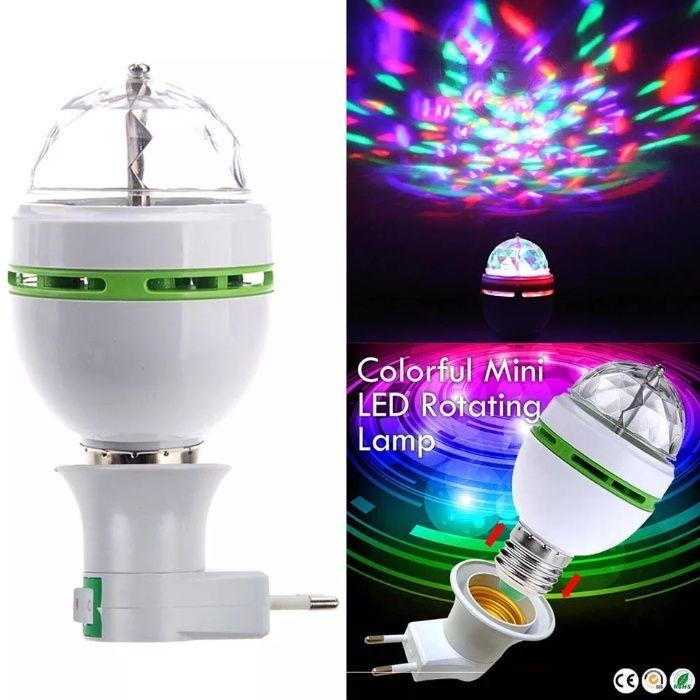 Коледна украса LED RGB въртяща диско лампа крушка страхотни ефекти