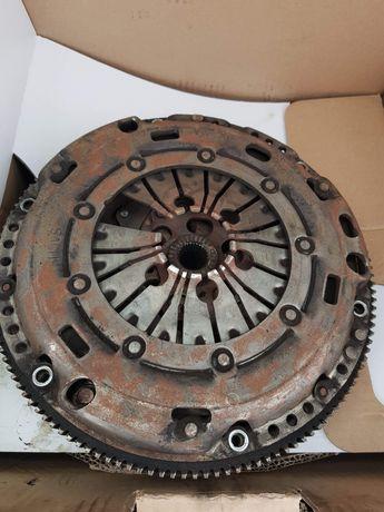 Volant masa dubla Skoda Octavia 2 2007 1.9 Tdi 105 cai Bxe
