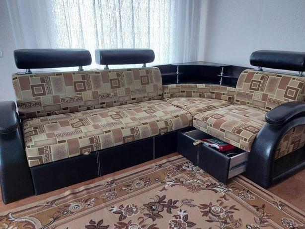 Продам угловой диван пр-во России