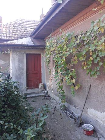 Casa de vanzare la sat