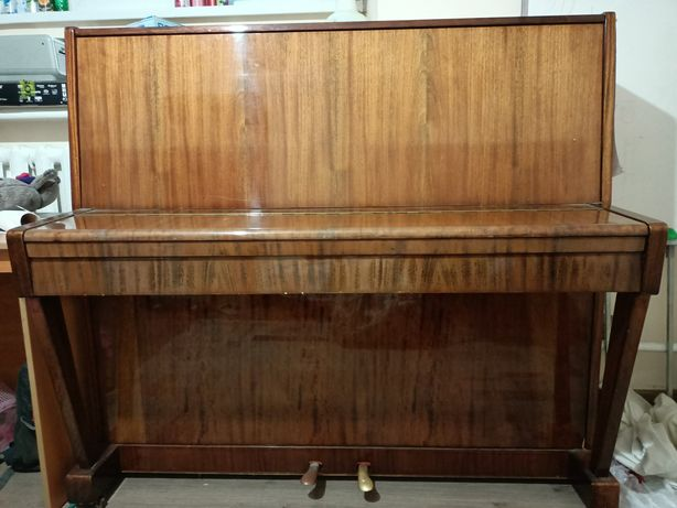 Фортепиано фирмы Беларусь