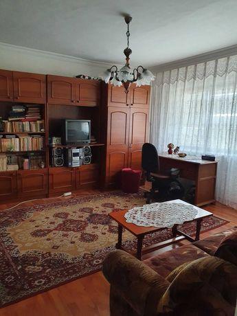 vanzare apartament 2 camere zona Crihala
