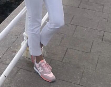Adidasi sport New Balance piele dama ca noi
