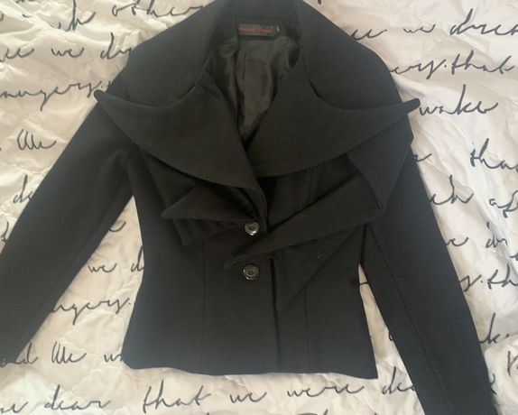 Boutique Unique палто