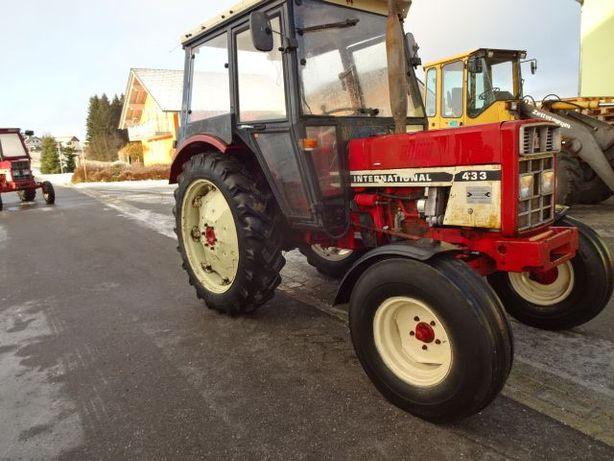 Dezmembrez tractor Case ih433 533 633