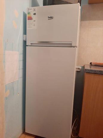 Продам холодильник за 50 000тг