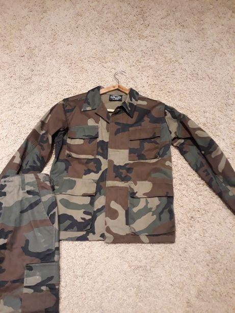 Costum army baietei