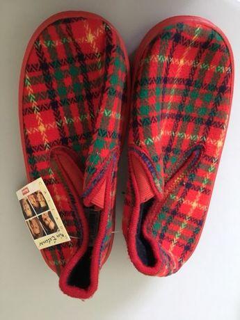 Papuci fetițe 33