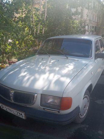 Машина Волга 3110