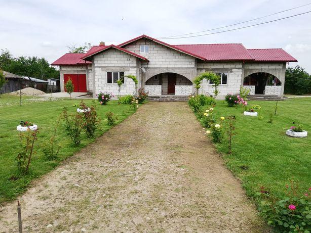 Urgent casă ,sat corni,com. cornatelu, dambovita, 20 km de Târgoviște