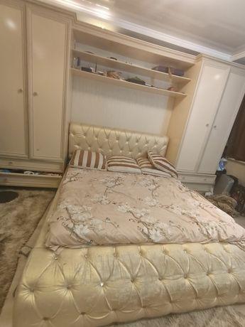 Срочно продается спальни гарнитура 150000тг