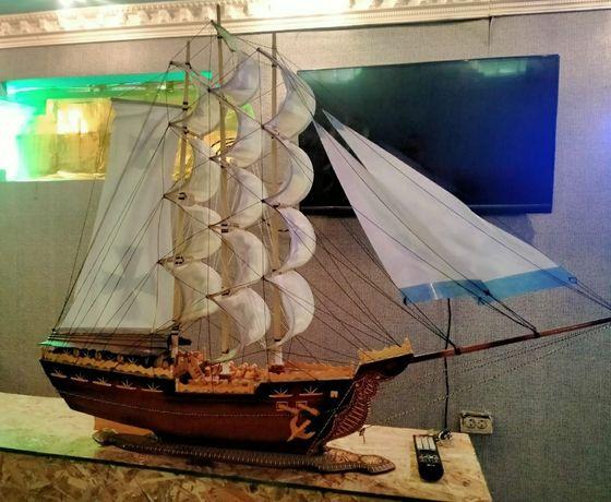 Продам модель корабля