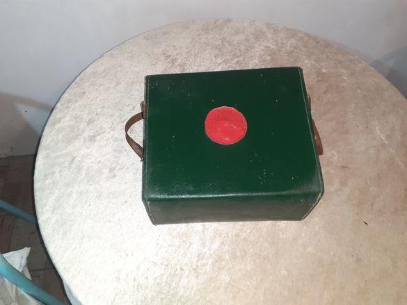 Ретро медицинска чанта