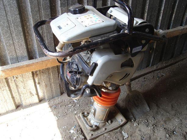 inchiriez scule generator /picamer /compactor /placa compactoare /n ro