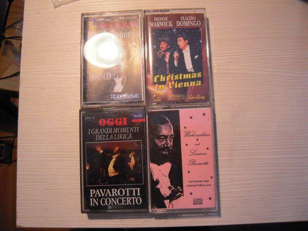 LOT de 4 casete audio: (2 Placido Domingo, 2 Luciano Pavarotti)