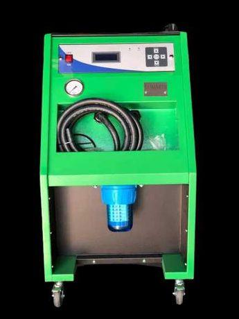 Машина за почистване на радиатор парно и охладителна система.