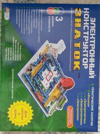 Срочно продам электро конструктор знаток!