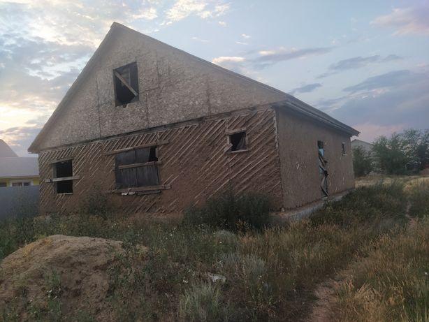 Щитовой не достроенный дом 12*10