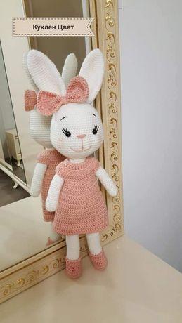 Ръчно Плетено Зайче