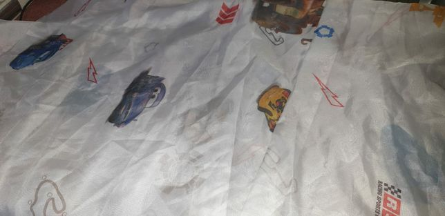 Perdele draperi si plapumă