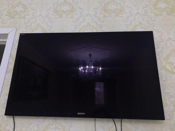 Продам телевизор JVC  4 колонки и пульт.