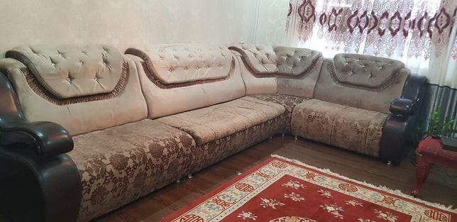 Угловой диван хамелион