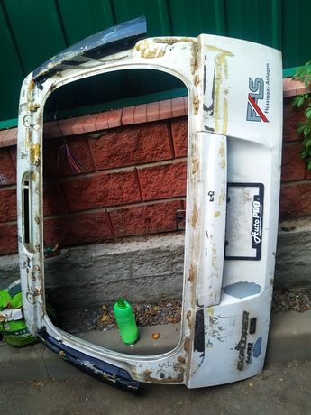 Ford Explorer крышка багажника