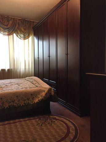 Продам мебель для спальни (Производство Италия)