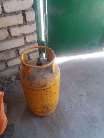 Продам газовый баллон желтый