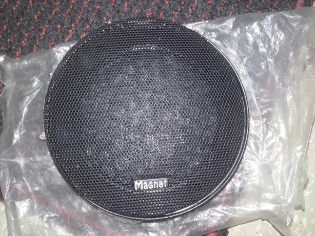 Grile audio negre cu plasa metalica (Magnat si Domotec)
