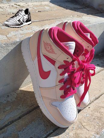 Nike Nr 35.5 Air Jordan Retro 1 Valentine's Day Originali
