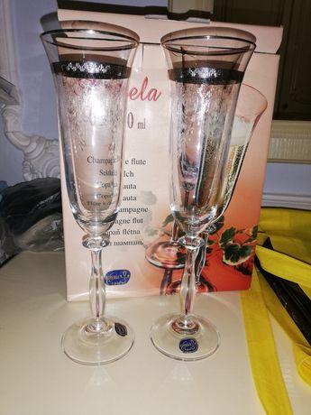 Фужеры, бокалы, под шампанское