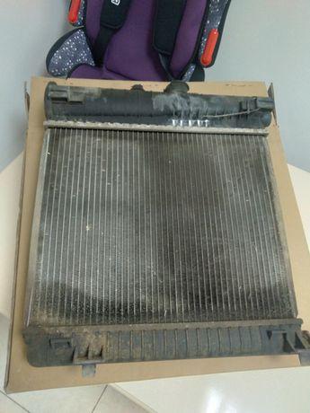 Продам радиатор  С220 механика