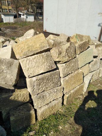 Дялън камък за зидария