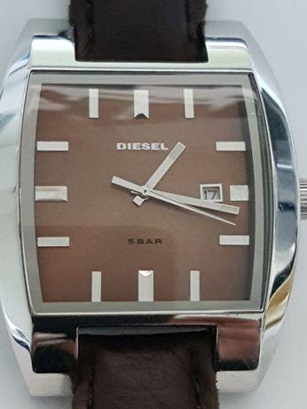 Ceas Diesel, DZ1175