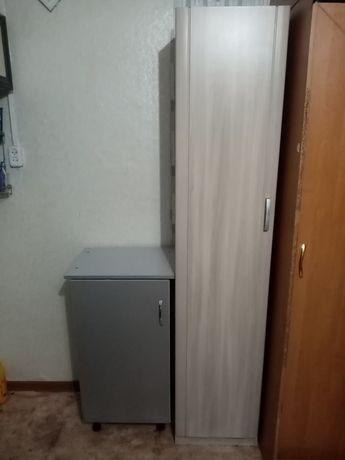 Продам шкаф пенал