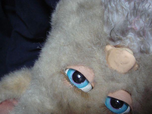 Игрушка Ферби с голубыми глазами и подвижными ногами