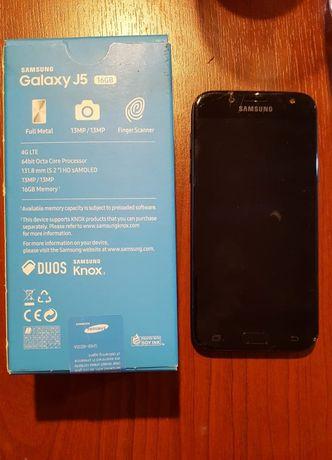Samsung J5 2017 .