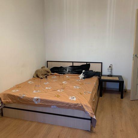 Сдам 1-комнатную квартиру на Мамыр 1, срочно
