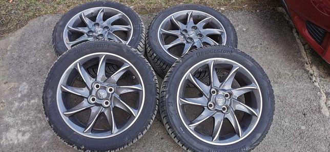 Jante aliaj  Toyota originale cu cauciucuri iarna 195/50/r16