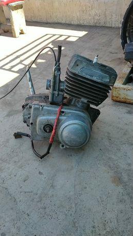 Двигатель на мотоцикл Минск