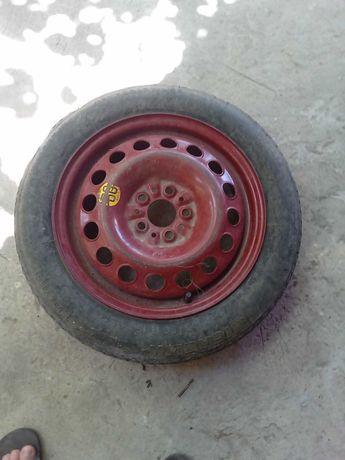 Продавам резервна гума с джанта