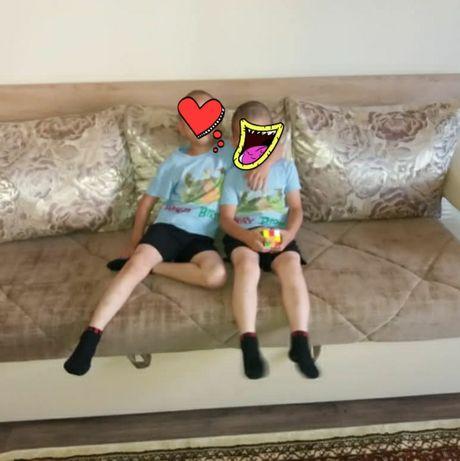 Продам диван-стол,раскладной