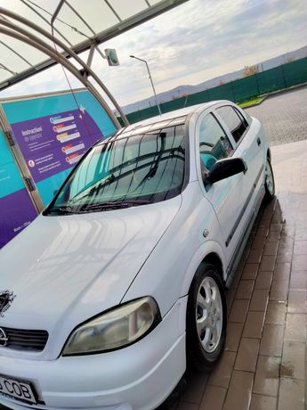 Opel Astra G  1.6_16V benzină, acte in regulă,fără probleme.