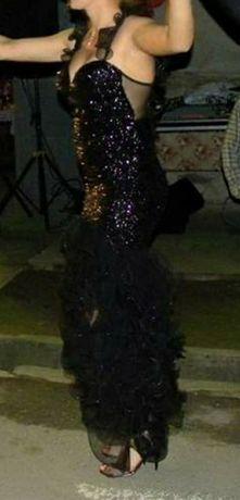 Rochie elegantă purtată o singură dată