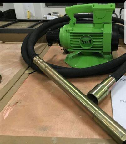 Vibrator beton de vânzare /închiriere