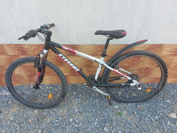 Bicicleta cu roti pe 26