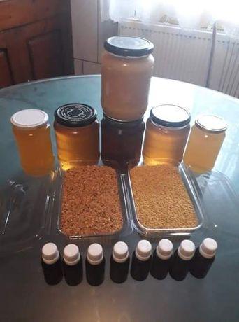 Vând miere poliflora,tinctura de propolis,polen crud