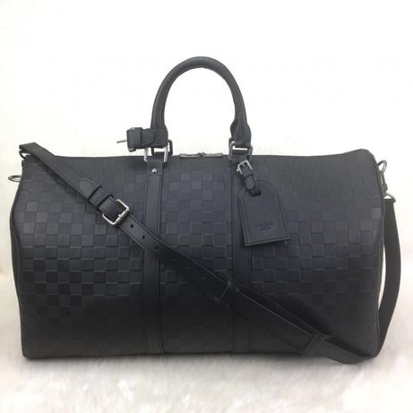 Geanta Louis Vuitton voiaj/certificat autencitate/bon fiscal/cutie sac