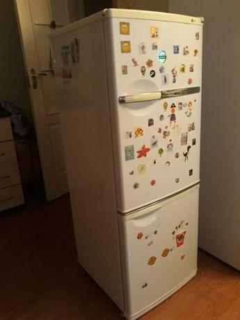 Холодильник 2х- камерный